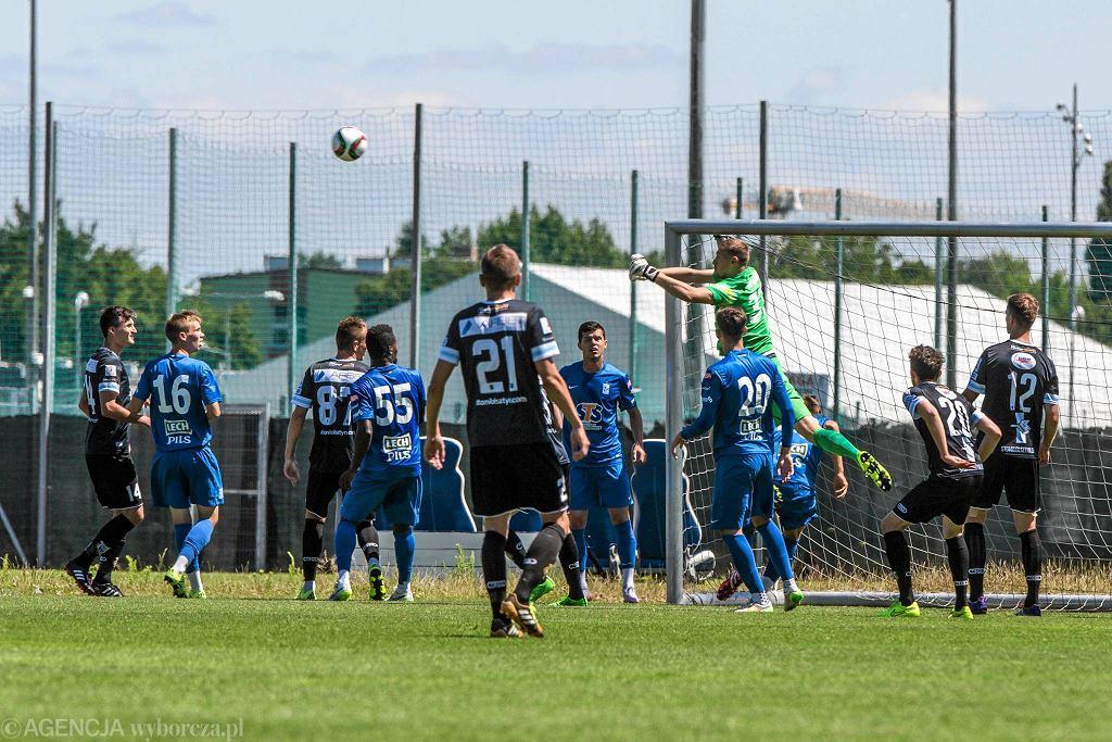 Lech Poznań pokonał w sparingu Stomil Olsztyn 3:0. Maciej Gostomski