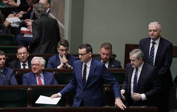 Nadzwyczajne posiedzenie Sejmu ws. koronawirusa