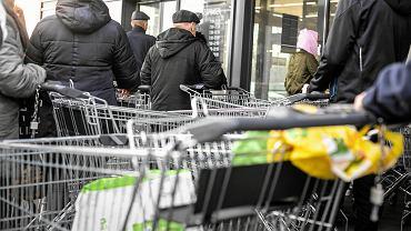 Inflacja w lutym wystrzeliła do 4,7 proc., jest najwyższa od listopada 2011 roku. Wywóz śmieci o 50 proc. w górę