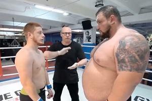 Tragiczny koniec walki w Rosji. Tak wyglądało starcie 180 kg z 77 kg [WIDEO]