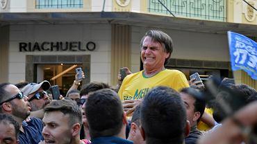 Prawicowy kandydat na prezydenta Brazylii, Jair Bolsonaro, został pchnięty nożem w brzuch podczas wiecu przedwyborczego w mieście Juiz de Fora