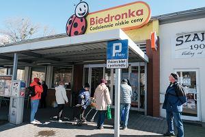 Biedronka. Specjalne promocje na Dzień Dziecka i voucher za każde wydane 50 zł