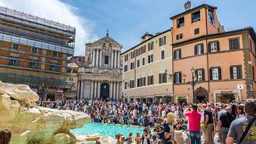 Coraz więcej miast zmaga się z masowym napływem turystów. Czy da się jeszcze go zahamować?