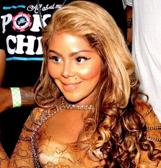 06/13/2012 - Lil' Kim - Lil' Kim Sighted Arriving at Key Club in West Hollywood on June 13, 2012 - Key Club, 9039 Sunset Boulevard - West Hollywood, CA, USA - Keywords:  Orientation: Portrait Face Count: 1  Headshot - False - **CALL FOR PRICING** - Photo Credit: Winston  Burris / PR Photos - Contact (1-866-551-7827) - Portrait Face Count: 1