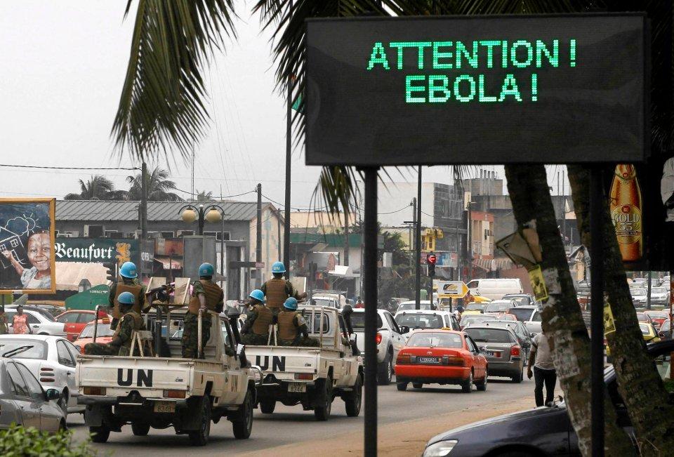 Konwój ONZ na ulicach Abidjan (Wybrzeże Kości Słoniowej)