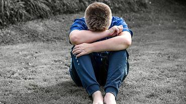 W Polsce każdego roku samobójstwo próbuje popełnić 2000 dzieci