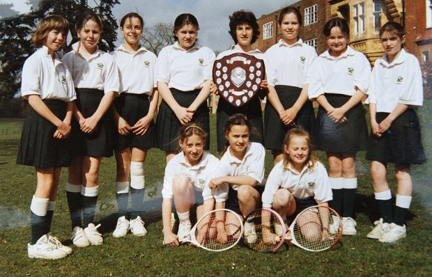 Britain's Catherine Duchess of Cambridge (back row, 3rd L) is seen in this image taken of a tennis team photograph, which was taken while she was attending her former preparatory school St. Andrew's from 1986 to 1995, near Pangbourne in Berkshire, southern England November 30, 2012.   REUTERS/Arthur Edwards/Pool (BRITAIN - Tags: ENTERTAINMENT EDUCATION ROYALS) FOR EDITORIAL USE ONLY. NOT FOR SALE FOR MARKETING OR ADVERTISING CAMPAIGNS