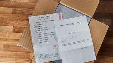 Poczta od roku przechowuje karty na wybory, które się nie odbyły. To kosztuje