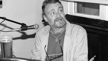 Lektor Jacek Czyż nie żyje