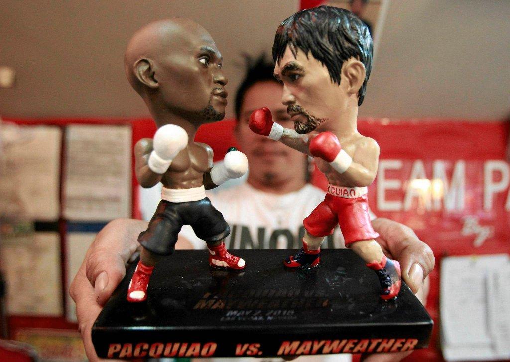 Figurki Floyda Mayweathera Jr. i Manny'ego Pacquiao