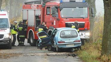 Wypadek drogowy pod Kętrzynem na trasie Silec - Leśny Rów