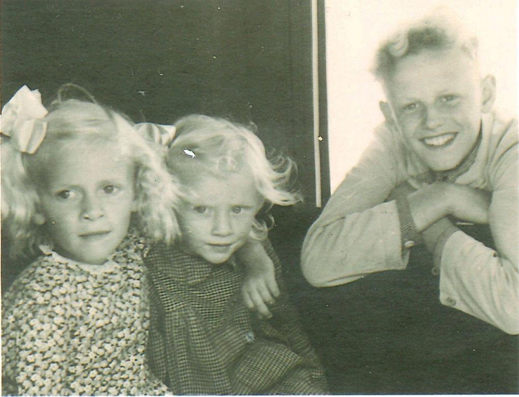 Dzieci Zofii: Basia, Hania i Staś Glińscy