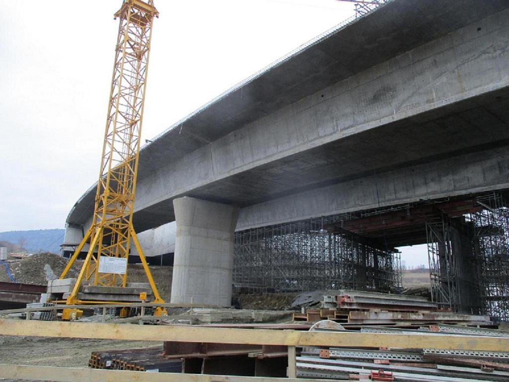 Budowa nowego wiaduktu na zakopiance w Lubniu.