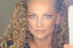 Joanna Liszowska pokazała się bez makijażu. Fani patrzą na jej i oczy i dopytują: Płakałaś? Aktorka wyjaśniła, o co chodzi