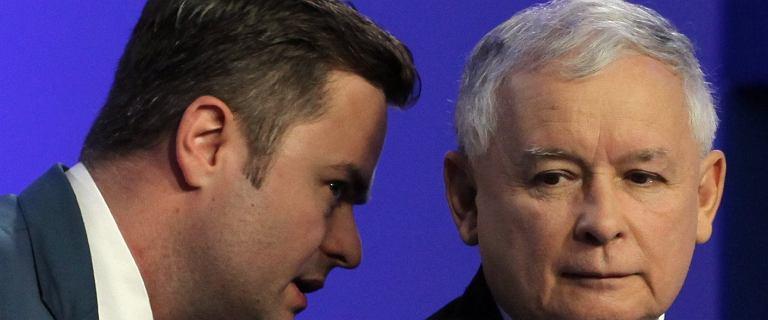 Hofman o Kaczyńskim: Gdy mieliśmy w partii kryzys, czytał sobie gazetę