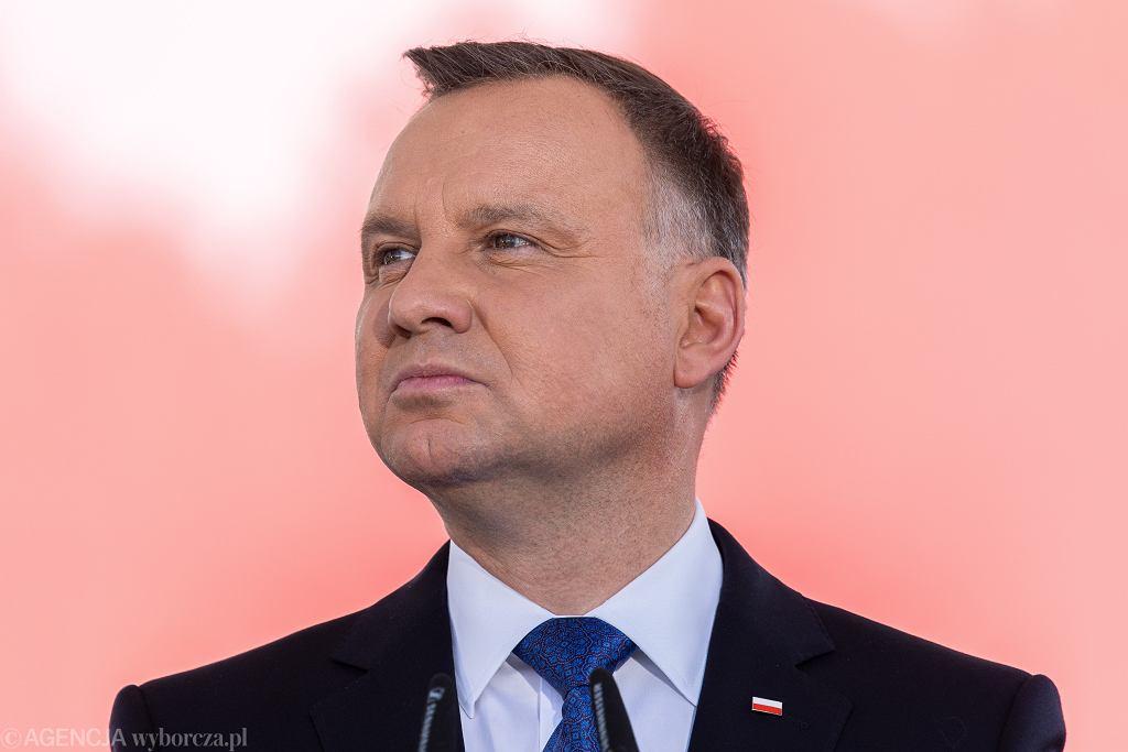 Andrzej Duda podpisał ustawę covidową