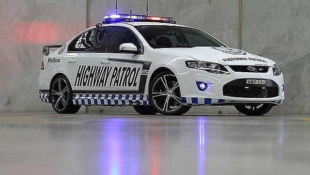 Najmocniejszy radiowóz w Australii, zbudowany na bazie Forda Falcona GT