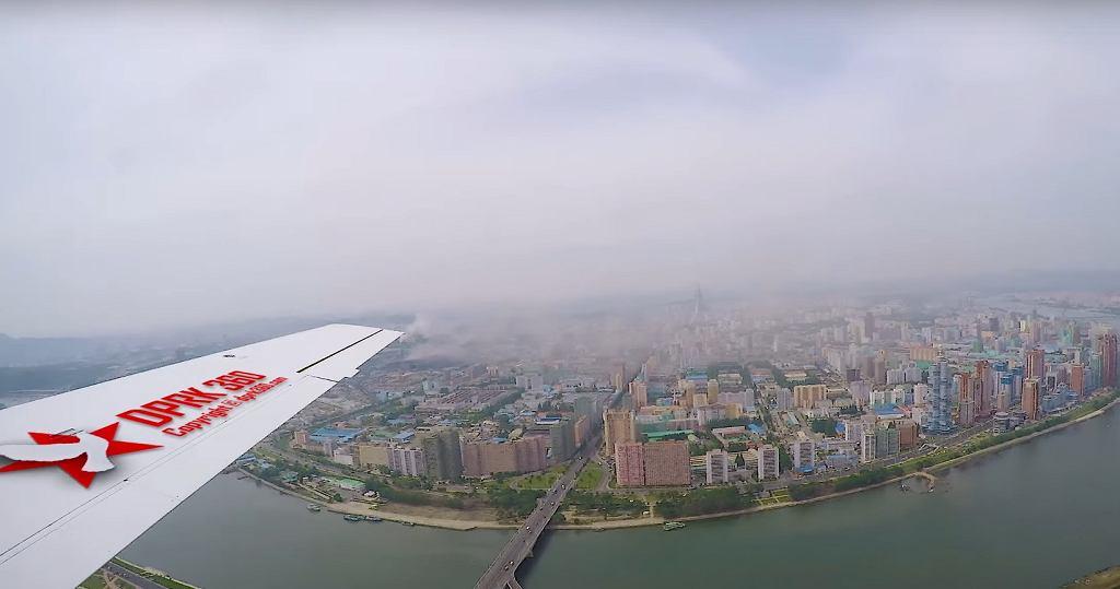 Lot nad Pjongjangiem