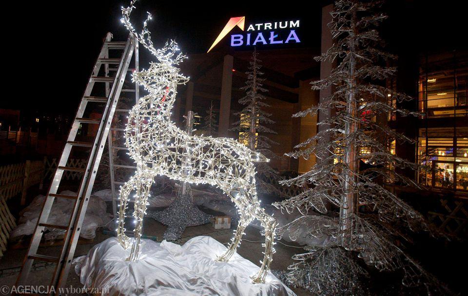 Bombki W Miejsce Dyń I Zniczy świąteczne Ozdoby Już W