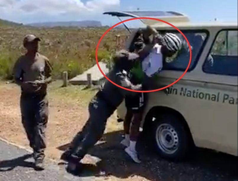 Agresywni strażnicy złamali rękę kolarzowi z RPA