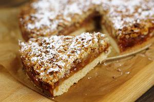 Szarlotka czy jabłecznik? Pokażemy wam jak przygotować jedno z najpopularniejszych ciast z owocami