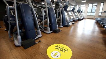 Oficjalnie: Rząd luzuje obostrzenia! Jest data powrotu siłowni, klubów fitness i kibiców na stadiony