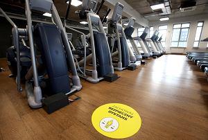 Rząd zmienia obostrzenia ws. otwarcia siłowni i basenów! Zdecydował jeden dzień