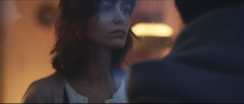 Marta Dysk w teledysku 'Safari' / screen z YouTube