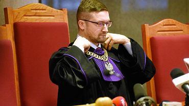 Sędzia Paweł Juszczyszyn w czasie rozprawy przed sądem w Olsztynie, na której stawić się miała Agnieszka Kaczmarska, szefowa Kancelarii Sejmu