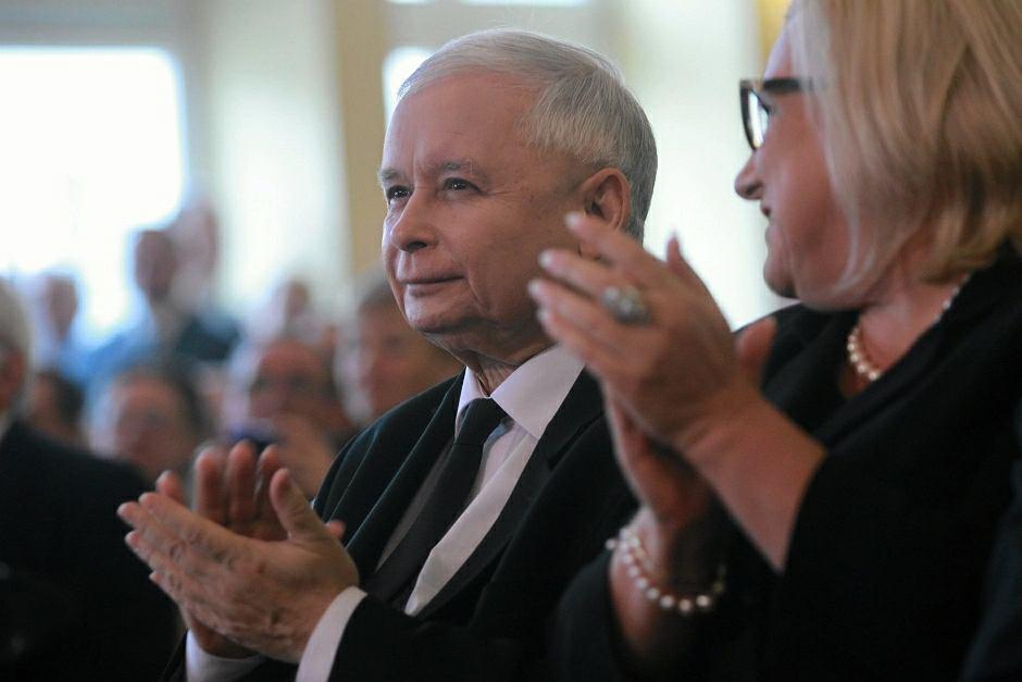 Jarosław Kaczyński i Beata Kempa na konwencji Solidarnej Polski