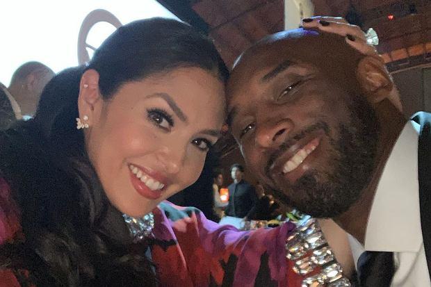 Vanessa Bryant złożyła swojemu zmarłemu mężowi, Kobiemu Bryantowi, walentynkowe życzenia. Od śmierci koszykarza minęły już prawie trzy tygodnie.