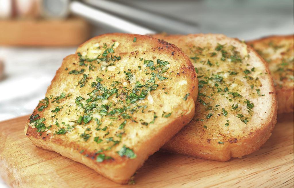 Czosnkowy chleb jak z restauracji