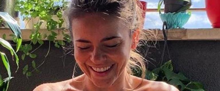 """Edyta Herbuś opala się w bikini na balkonie. Fani nie kryją zachwytu. """"Ale figura"""""""