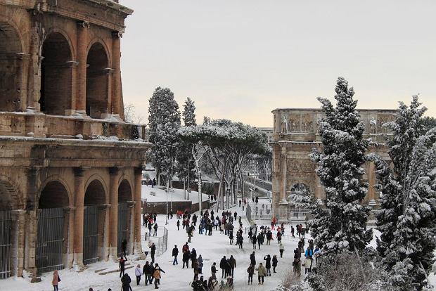 Zimowy Rzym, Koloseum / fot. Shutterstock
