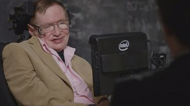 Stephen Hawking w ''Last Week Tonight with John Oliver''