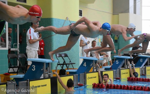 Rekordowa liga pływaków. Najliczniejsza grupa była z Płocka [FOTO]
