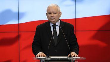 Konferencja prasowa Prezesa PiS - Jarosław Kaczyński wygłasza oświadczenie dot. pomysłu dwukadencyjności władz samorządowych