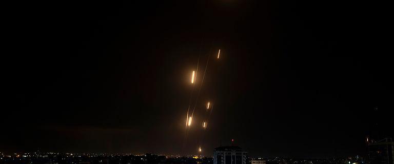 Kolejne rakiety Hamasu spadły na Tel Awiw. Izrael odpowiedział