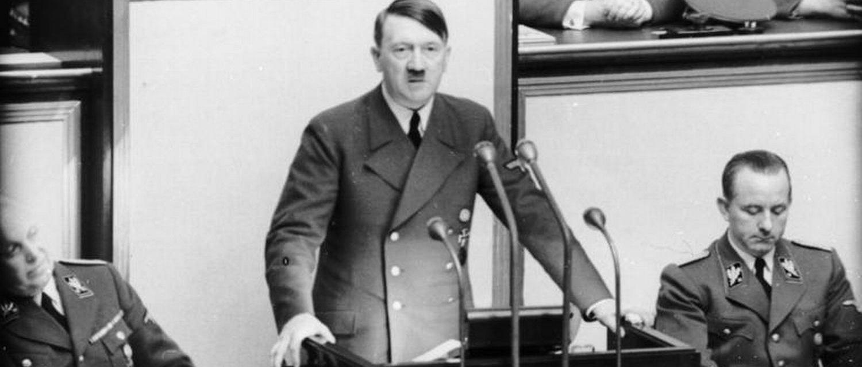 Adolf Hitler (commons.wikimedia.org)