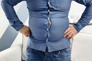 Porady stylistek: jak ukryć piwny brzuch?