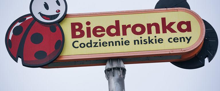 Kraków. Ukraiński pracownik Biedronki zwrócił uwagę klientowi. Ten go zwyzywał