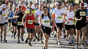 Frekwencja rośnie z roku na rok. W 36. PZU Maratonie Warszawskim ma wystartować ok. 15 tys. osób!
