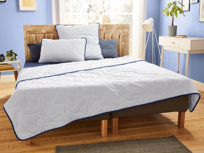 Pikowana kołdra i poduszki Meradiso