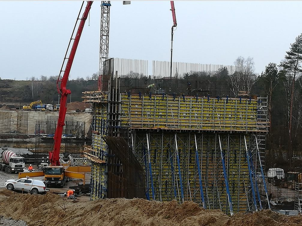 Budowa mostu w Tryszczynie niedaleko Bydgoszczy