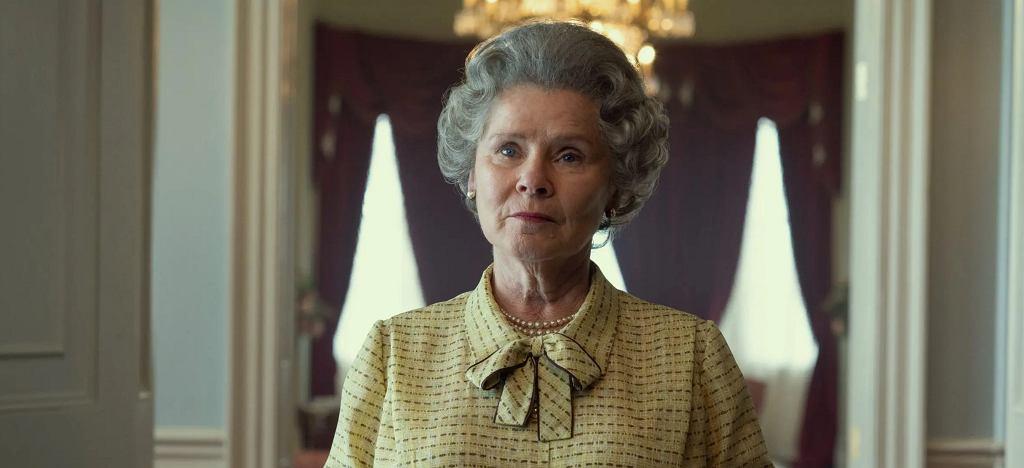Pierwsze zdjęcie Imeldy Staunton jako królowej Elżbiety w 'The Crown'