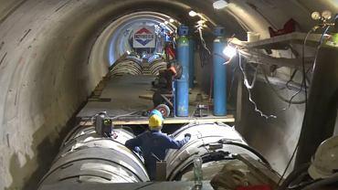Naprawa kolektorów ściekowych w tunelu pod dnem Wisły