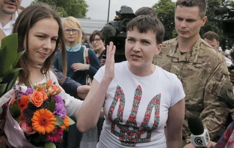 Nadija Sawczenko z siostrą Wierą już w Kijowie