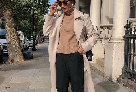 Te swetry ukryją mankamenty sylwetki! TOP 18 ciepłych i komfortowych modeli, które nie wychodzą z mody