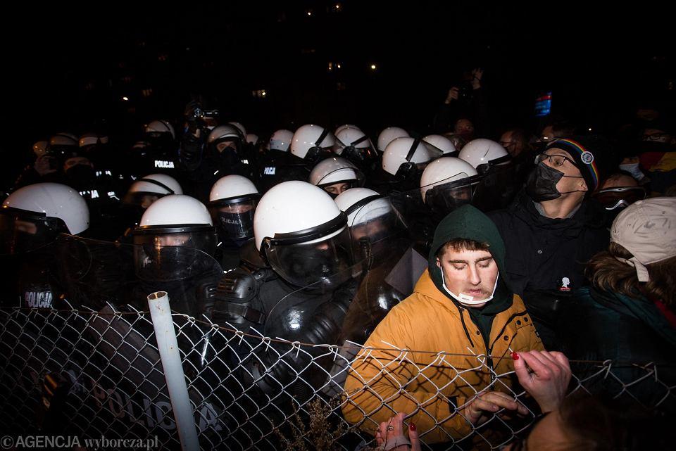 Strajk Kobiet w Warszawie. 28 listopada, protest pod hasłem 'W imię matki, córki, siostry'
