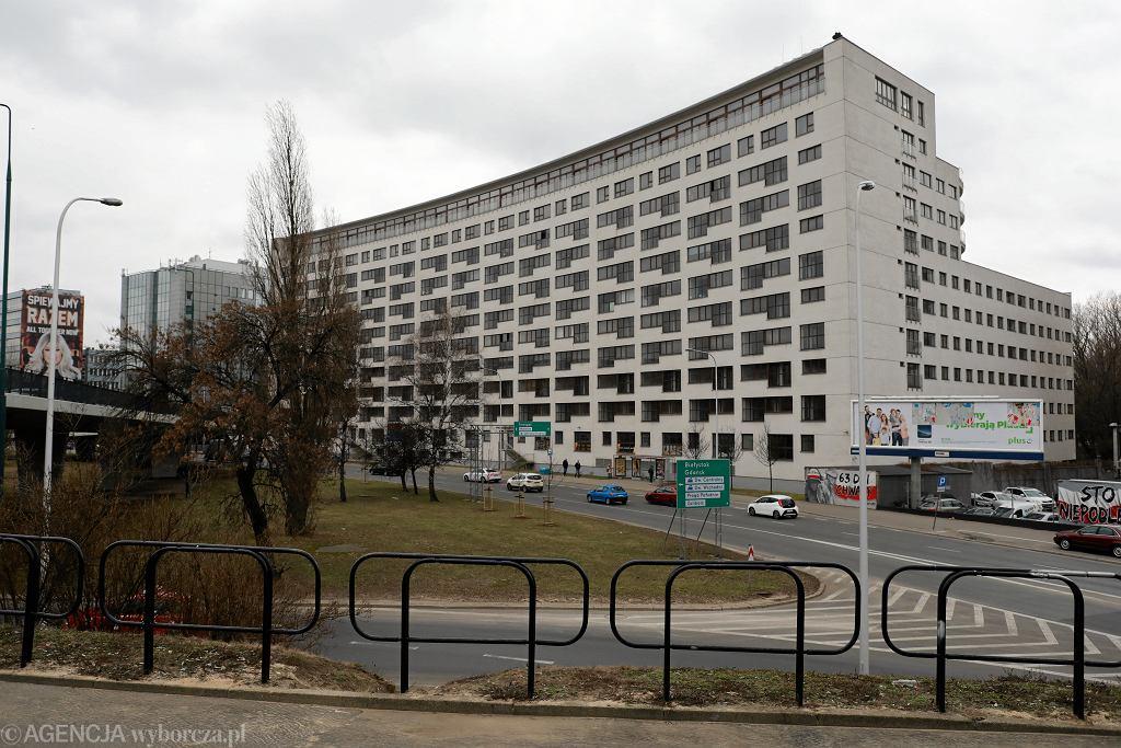 Budynek przy ulicy Solec 24 w Warszawie